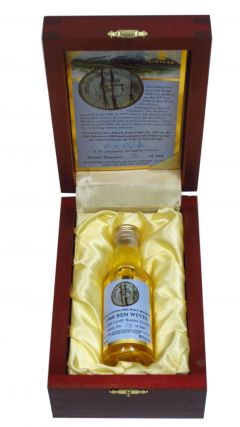 Ben Wyvis (silent) - Signatory Vintage  - Miniature - 1968 31 year old Whisky